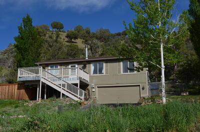 New Castle Single Family Home For Sale: 364 Glen Eagle Circle