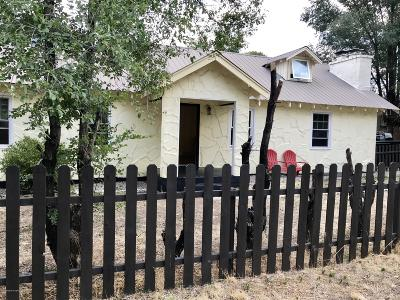 Carbondale Single Family Home For Sale: 70 N 8th Street