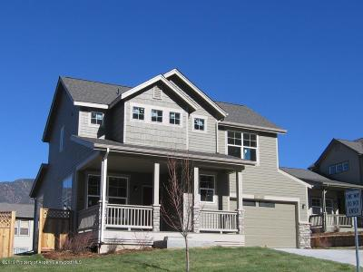 New Castle Single Family Home For Sale: 28 Sunshine Court