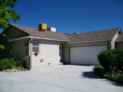 Battlement Mesa, Parachute Condo/Townhouse For Sale: 7 W Ridge Court