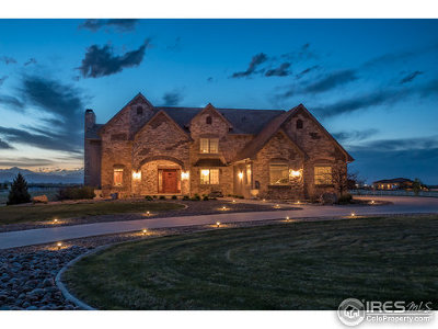 Weld County Single Family Home For Sale: 147 Commander Dr