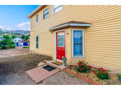 Lyons CO Single Family Home For Sale: $475,000