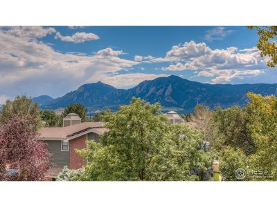 Boulder Condo/Townhouse For Sale: 2938 Kalmia Ave #9