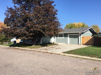Broomfield Single Family Home For Sale: 388 Cypress St