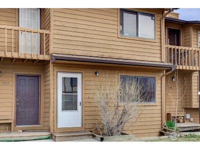 Longmont Condo/Townhouse For Sale: 330 Southridge Pl