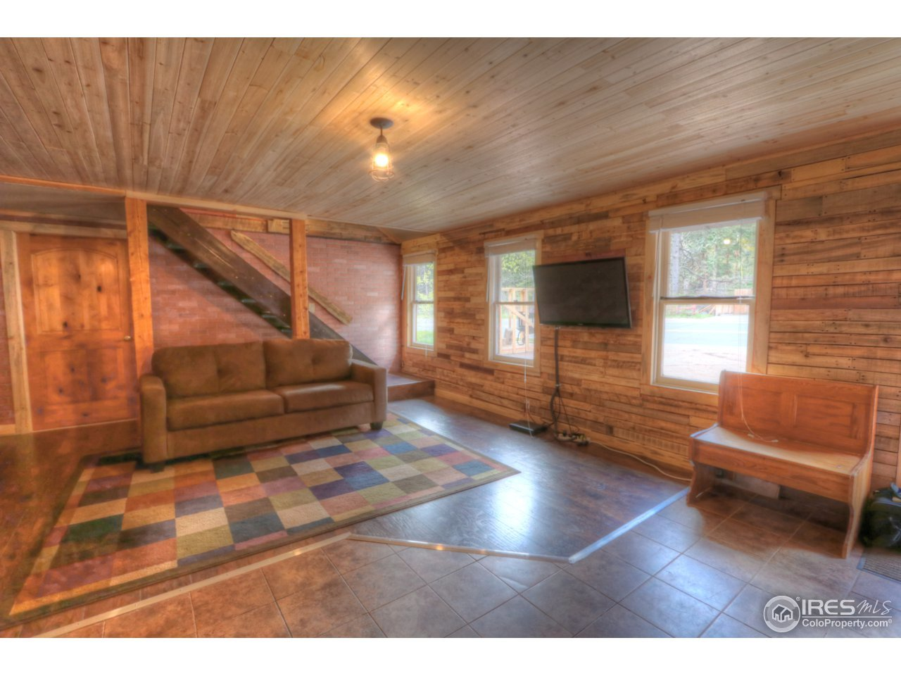 1 bed / 1 bath Home in Drake for $184,000