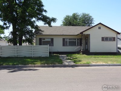 Single Family Home For Sale: 120 S Phelan Ave