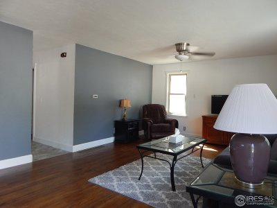 Longmont CO Single Family Home For Sale: $349,000