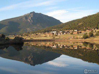 Estes Park Condo/Townhouse For Sale: 2625 Marys Lake Rd #26C