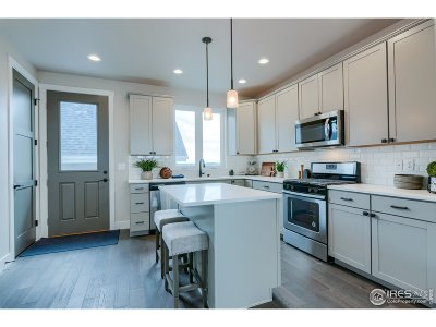 Berthoud Condo/Townhouse For Sale: 1129 Little Branch Ln