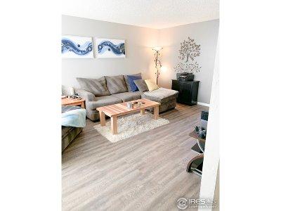 Longmont Condo/Townhouse For Sale: 324 Southridge Pl