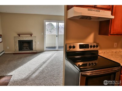 Fort Collins Condo/Townhouse For Sale: 512 E Monroe Dr #330