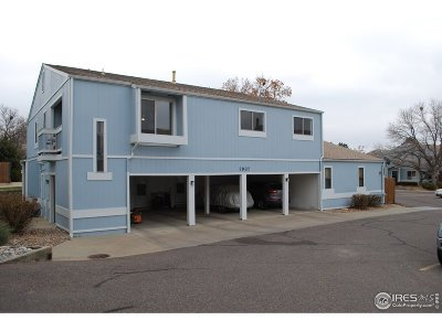 Arvada Condo/Townhouse For Sale: 7937 Chase Cir #176