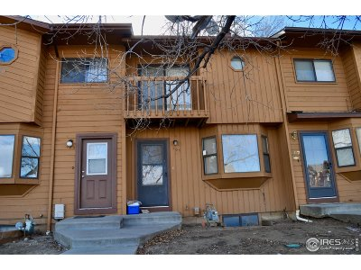 Longmont Condo/Townhouse For Sale: 305 Quebec Ave