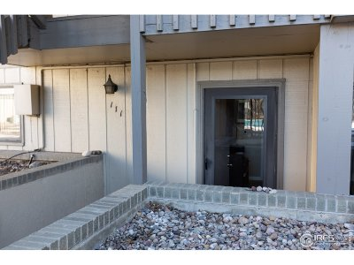 Boulder Condo/Townhouse For Sale: 625 Manhattan Pl #111