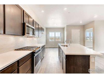 Firestone Condo/Townhouse For Sale: 12590 Lake Trail St