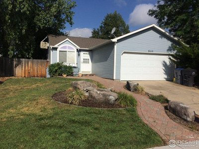 Longmont Single Family Home For Sale: 2110 Hackberry Cir