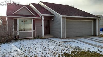 Single Family Home For Sale: 635 San Fernando Place