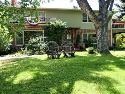 Single Family Home For Sale: 1729 Alamo Avenue