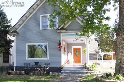 Single Family Home Under Contract - Showing: 806 E Platte Avenue