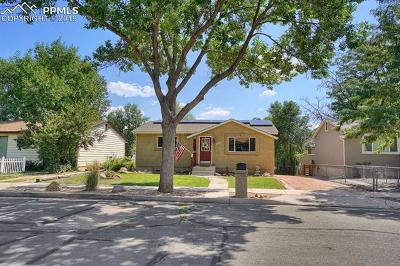 Colorado Springs CO Single Family Home For Sale: $425,000