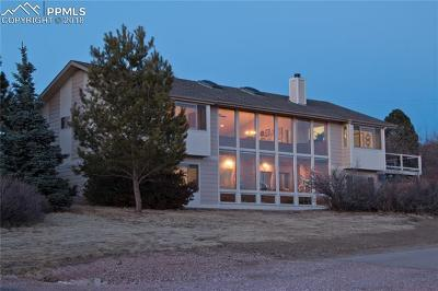 Colorado Springs Single Family Home For Sale: 5375 Diamond Drive