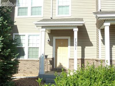 Condo/Townhouse Under Contract - Showing: 7331 Countryside Grove