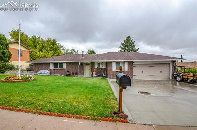Colorado Springs Single Family Home For Sale: 537 Crestridge Avenue