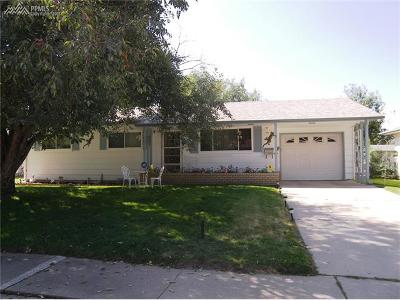 Single Family Home For Sale: 2722 N Arcadia Street