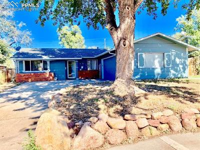 Single Family Home For Sale: 2820 Gomer Avenue