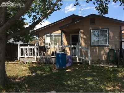 Colorado Springs Multi Family Home For Sale: 1921 Saratoga Drive