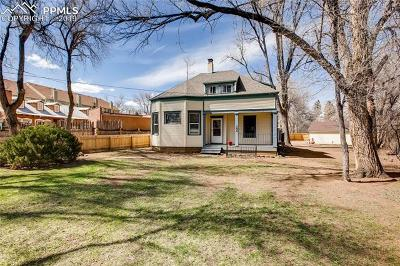 Colorado Springs Single Family Home For Sale: 208 W Cheyenne Road