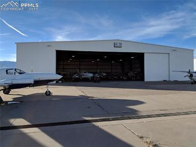 Commercial Under Contract - Showing: 1055 Aviation Way