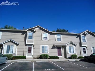 Colorado Springs Condo/Townhouse For Sale: 423 Ellers Grove