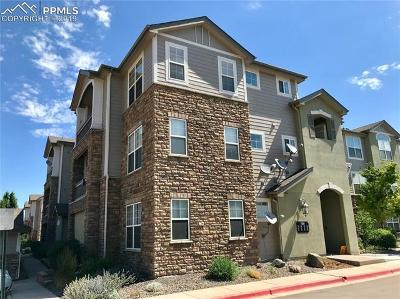 Castle Rock Condo/Townhouse For Sale: 1560 Olympia Circle #308