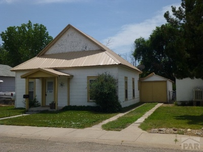 Fowler Single Family Home For Sale: 308 E Grant Ave