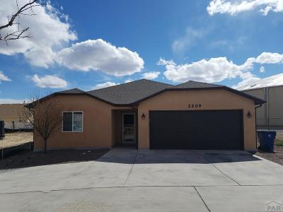 Pueblo Single Family Home For Sale: 2209 Antelope Way