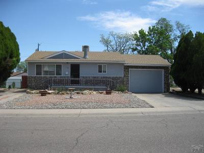 Pueblo Single Family Home For Sale: 2108 Sherwood Lane