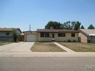 Pueblo Single Family Home For Sale: 2037 Ridgewood Lane