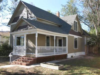 Canon City Single Family Home For Sale: 715 Greenwood Ave