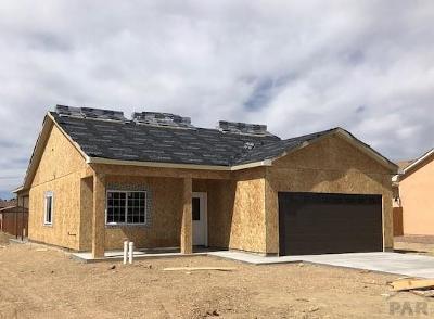 Pueblo Single Family Home For Sale: 5811 Sam Clemens Ct