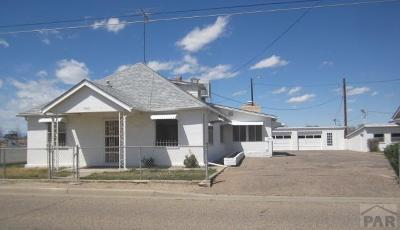 Pueblo Single Family Home For Sale: 23531 Gale Rd