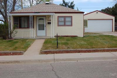 Pueblo Single Family Home For Sale: 2550 Delphinium St