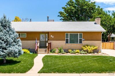 Sunset Park Single Family Home For Sale: 90 Radcliff Lane