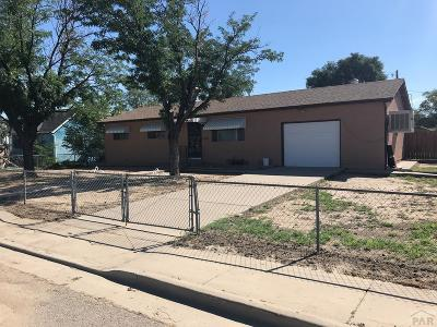 Pueblo Single Family Home For Sale: 2226 Denver Blvd