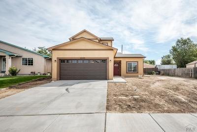 Single Family Home For Sale: 2233 Cruz Court