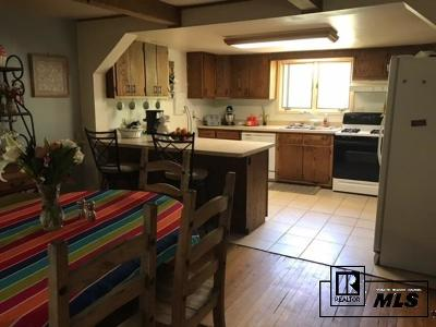 Routt County Single Family Home For Sale: 316 E Jefferson
