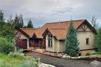 Avon Single Family Home For Sale: 2395 Saddle Ridge Loop