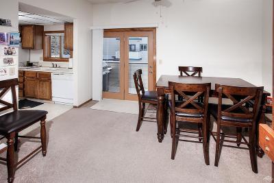 Avon Condo/Townhouse For Sale: 334 Eagle Road #B2