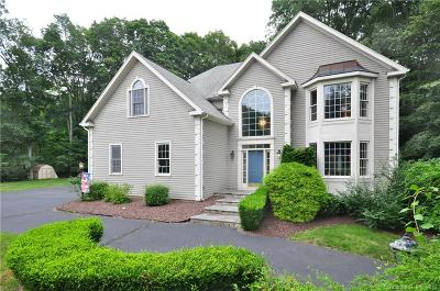 Southbury Single Family Home For Sale: 85 Greenwood Drive